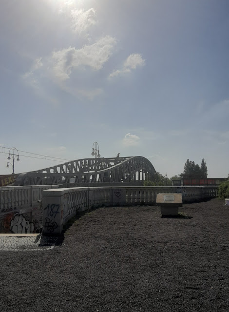 """Bösebrücke - o local onde """"caiu"""" o muro de Berlim"""