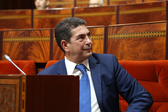 سعيد أمزازي يدافع عن نفسه أمام الهيئة التشريعية ويسلط الضوء على عقد العمل