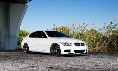 BMW Branca Rebaixada