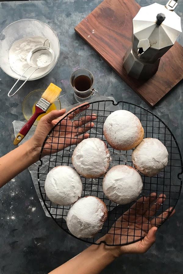 Ambrosías - pan dulce con frutas (o chocolate)
