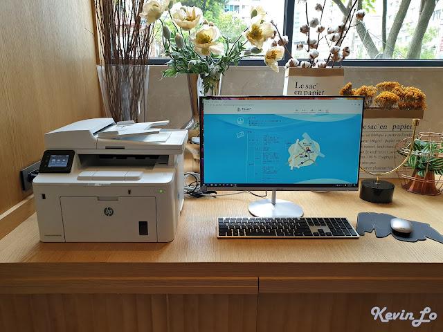 康橋慢旅商務區有電腦與印表機