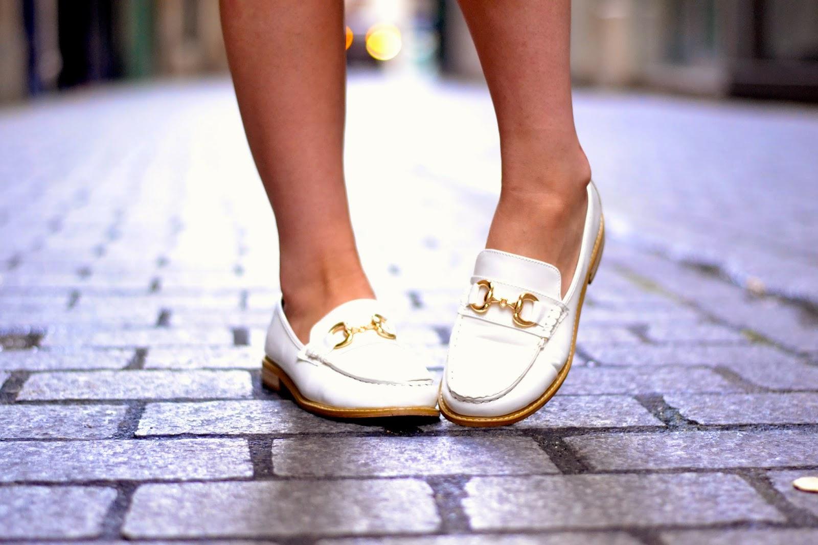 号泣鹿皮鞋