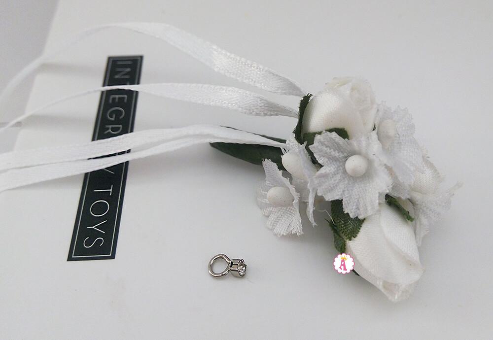 Кукольное кольцо на палец и букет невесты Поппи Паркер
