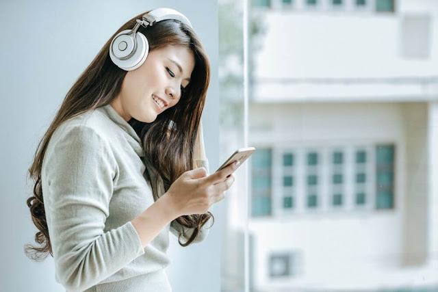4-manfaat-mendengarkan-musik-bagi-yang-sedang-galau