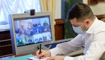 Президент підписав закон про підвищення мінімальної зарплати до 5 тис. грн.