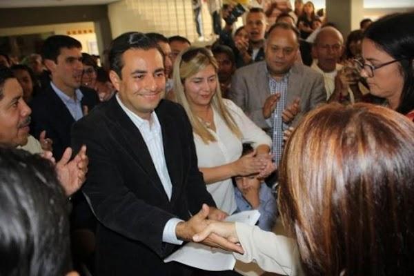 Proclaman a  Darwin González alcalde del municipio Baruta