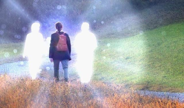 6 способов распознать физические послания от ваших духов-хранителей