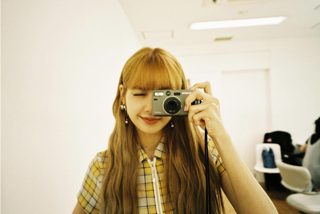 lisa blackpink yashica