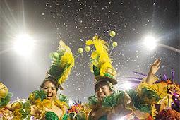 宮城佳代子、弥生さん、サンパウロカーニバルパレード