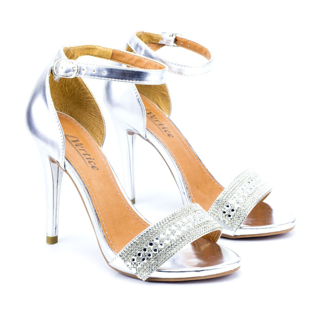 Sandália-Prata-Tendência-de-Moda-8