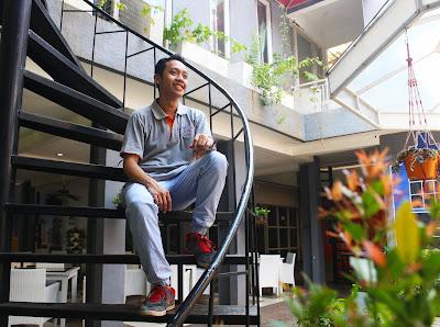 Blogger Eksis makan enak di Huk Family Resto Jati Asih
