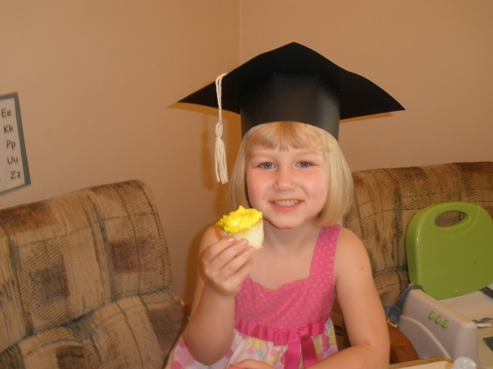I Used To Have A Brain Preschool Graduation Cap Tutorial
