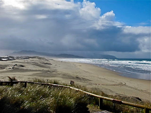 12 Pacific NW Getaways: Storm Watching in January