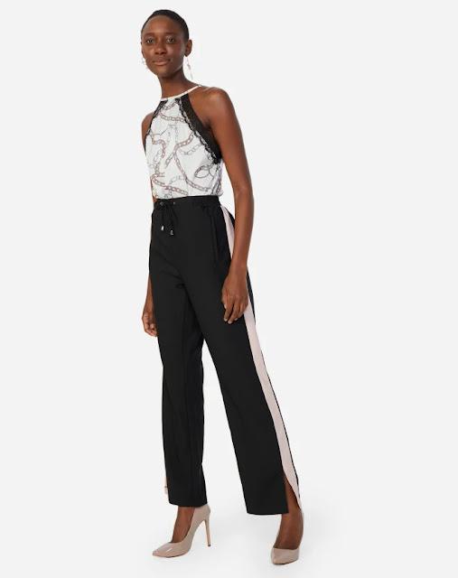 Calça pantalona preta com listra na lateral