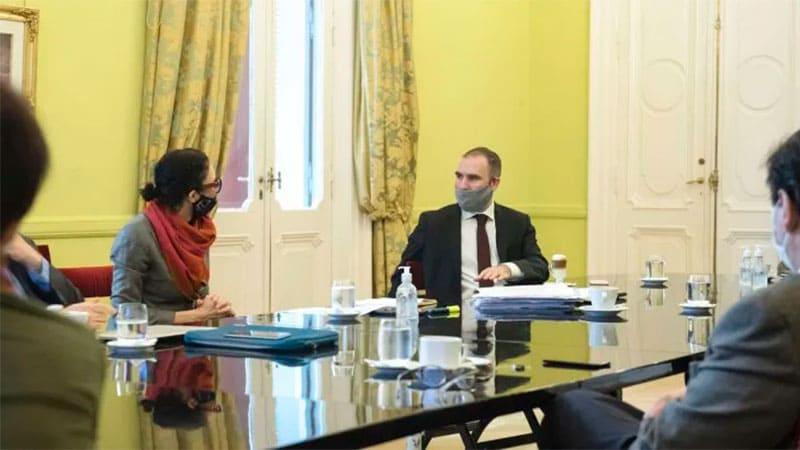 El Gobierno se reúne esta tarde con el Consejo Agroindustrial