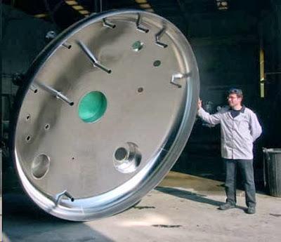 Pieza en acero inoxidable de gran tamaño electropulida