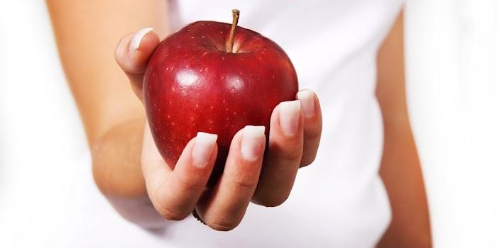 Обряд «Молодильное яблочко» для красоты, здоровья и долголетия