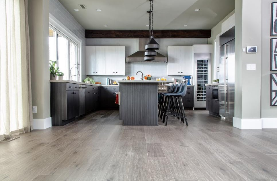 Fashionable And Trendy Flooring Ideas For Your Kitchen