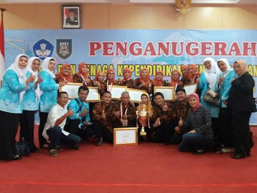 Para pemenang Apresiasi GTK PAUD dan Dikmas 2017 di Bengkulu