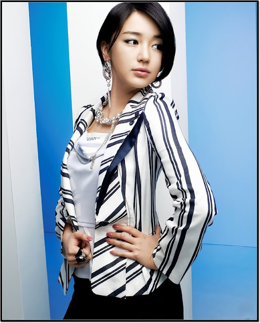 KONTES SEO: Han Seo Young - Show off her body with sexy