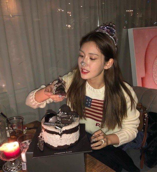 Jun Somi yetişkin olarak ilk doğumgününü kutladı