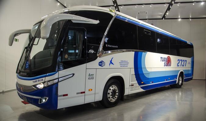 Scania e Marcopolo entregam primeiro ônibus a gás para fretamento da história do Brasil