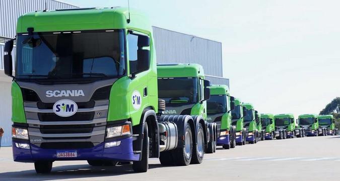 SIM Rede de Postos investe em 40 caminhões Scania