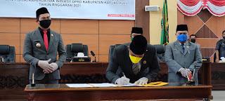 Bupati Setujui 2 Raperda Inisiatif DPRD Kapuas Hulu