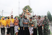 Unnes Resmikan Patung Waluh sebagai Ikon Desa Getasan Kabupaten Semarang