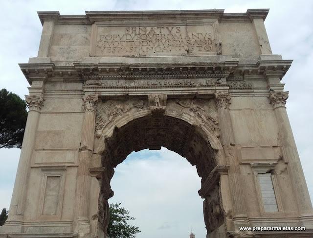 Arco de Constantino es algo que ver en Roma