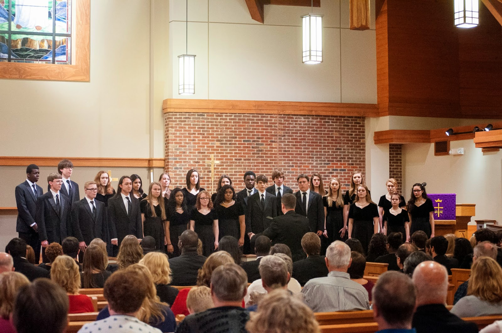 UA-Birmingham Concert Choir, Bob Jones HS Patriot Singers sing at Messiah Lutheran Church