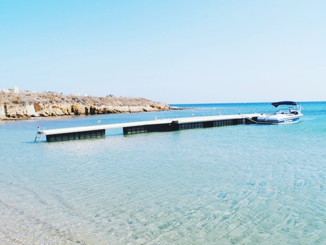 must-see places and beaches in Paros