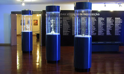 Interior do museu judaico em Belmonte
