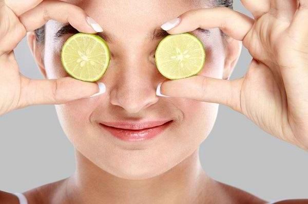 Cara Menghilangkan Komedo Putih di Hidung dengan jeruk nipis