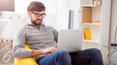 5 Tips Tetap Sehat dan Produktif Kerja di Rumah