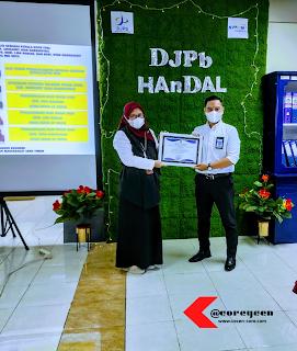 Asri Isbandiyah Hadi & Arisandy Joan Hardiputra - Pegawai Berprestasi KPPN Surabaya II