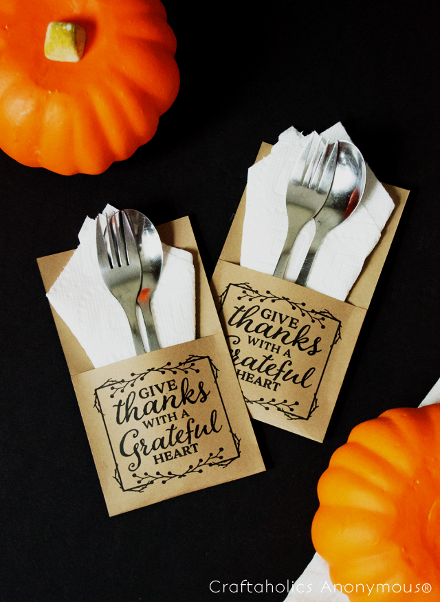 http://www.craftaholicsanonymous.net/thanksgiving-free-printable