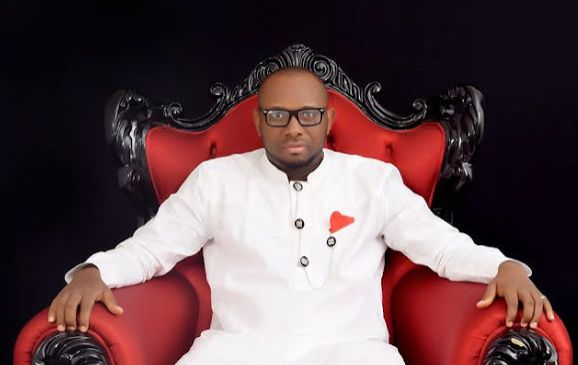 """Read True Life Story Of A Popular Nigerian Blogger, """"Olu Famous""""On How He Accepted God Calls and Finally Becomes A Pastor (Don't Miss It)"""