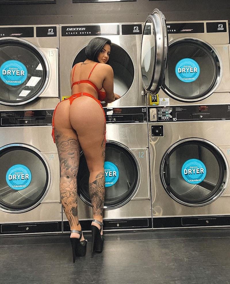 Renee Gracie In Red Bikini - Instagram Snap 25 Aug-2020