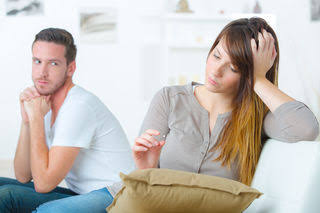 9 SIGNS YOU WILL BE A BORING SPOUSE