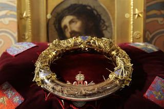 """Παναγία των Παρισίων: Σώθηκαν οι """"θησαυροί"""";"""
