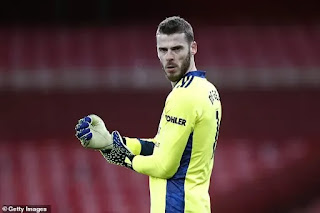 Manchester United 'ready to listen to offers for David de Gea'