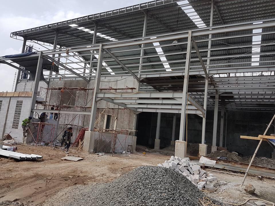 Jasa konstruksi Baja berat,pemborong bangunan gudang