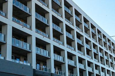 Riverpoint Apartments, Buzzard Point, Akridge, CBG construction, Western Development, Antunovich Associates, retail for lease Washington DC