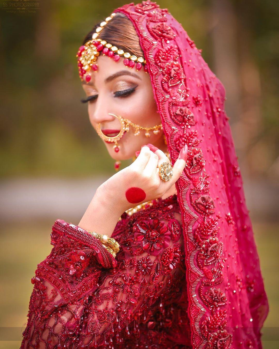 Kinza Hashmi Gorgeous Bridal Photoshoot