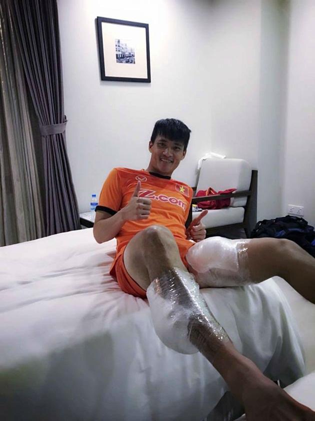 Chườm đá lạnh giúp giảm chấn thương và hồi phục sau trận đấu