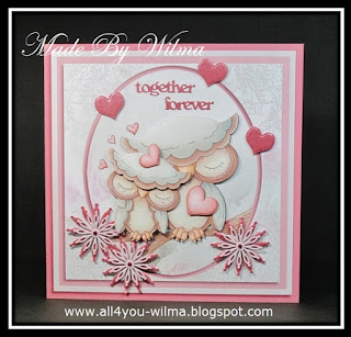 """De grootste kaart met 2 verliefde uiltjes en de tekst """"together forever"""". The largest card with 2 owls in love and the text """"together forever""""."""