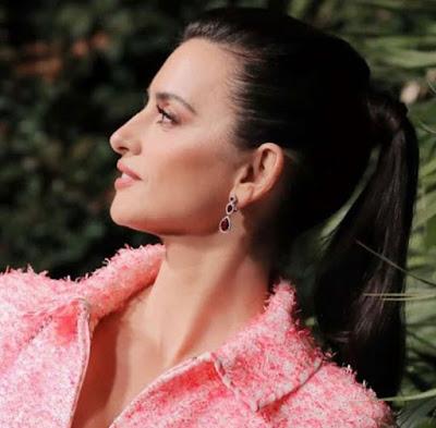 Hollywood Actress Penelope Cruz Photos