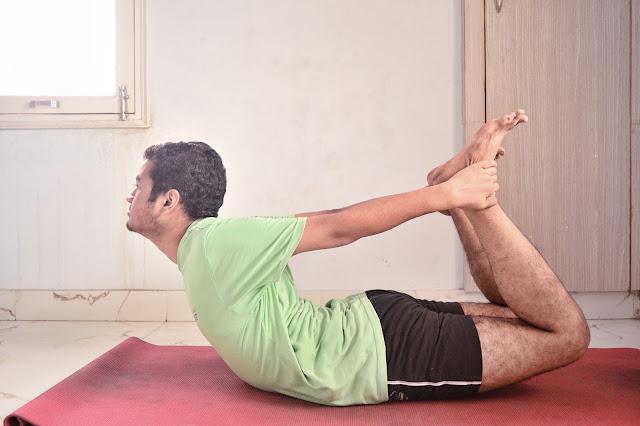 dhanurasana benefits, dhanurasana images,dhanurasana (bow pose), dhanurasana steps, dhanurasana karne ki vidhi,