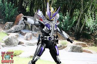 S.H. Figuarts Shinkocchou Seihou Kamen Rider Den-O Sword & Gun Form 55
